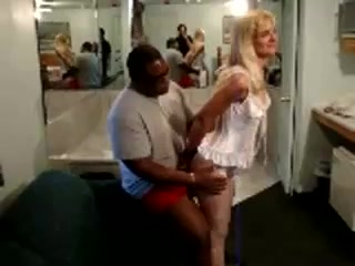 Deborah bianchini trans se la traga al amigo espanol pollon - 2 part 2