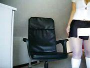 Chica alemana con buen cuerpo está desnudo ante la cámara